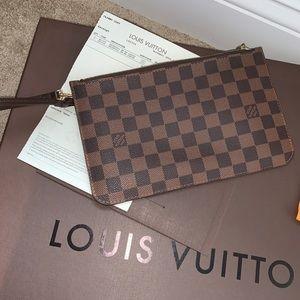 Louis Vuitton Neverfull MM pouchette wristlet